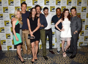Bitsie+Tulloch+David+Giuntoli+NBC+Grimm+Press+15Vj263MFogl